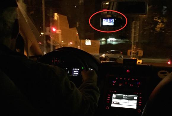 Taxifahrer in Freiburg mit Dashcam mit markierung