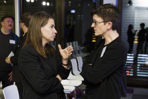 Sabine Frank im Gespräch mit Saskia Esken; Thomas Imo/ photothek.net