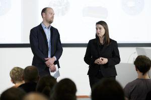 Sabine Frank (Google Deutschland) und Otto Vollmers (Geschäftsführer FSM) begrüßen die Gäste; Thomas Imo/ photothek.net