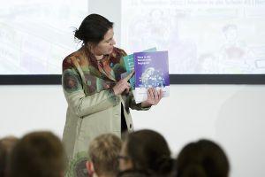 Dr. Sandra Schön über OER und die neuen Materialen; Thomas Imo/ photothek.net