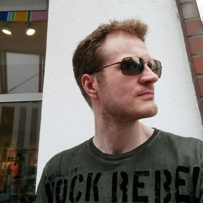 Oliver Tacke - Portrait mit Sonnenbrille