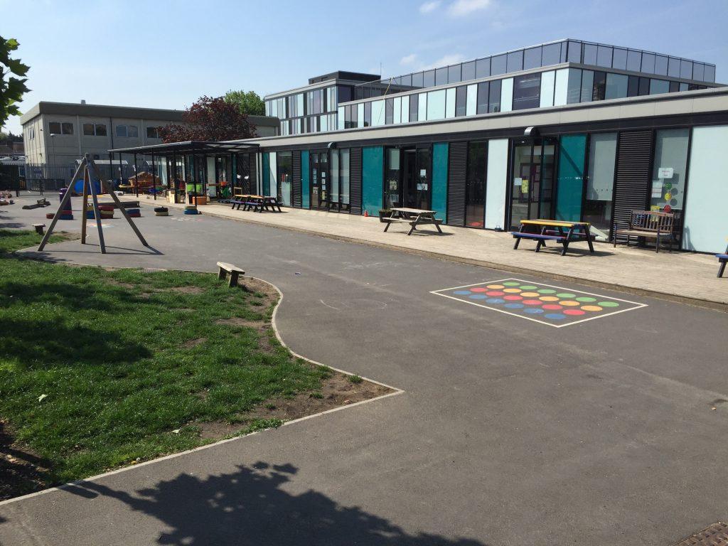 Schulhof der School 21