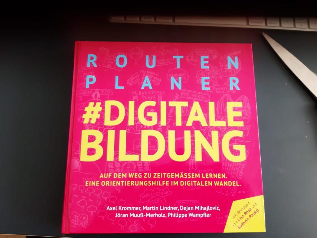 """Buch-Vorderseite von """"Routenplaner #digitaleBildung"""""""